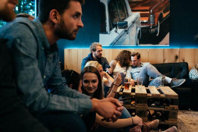Konzertpublikum im Cafe 35.