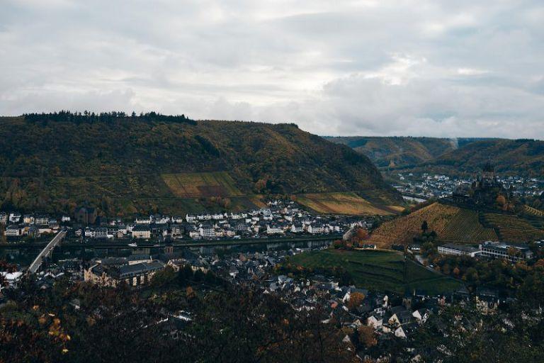 Das Rheintal bei Cochem.
